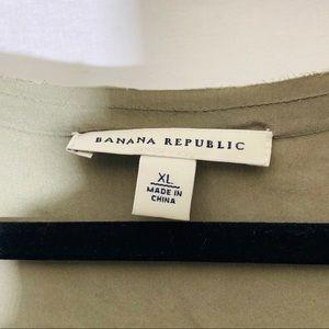Banana Republic Dresses - Banana Republic olive silk dress w raw edge, XL